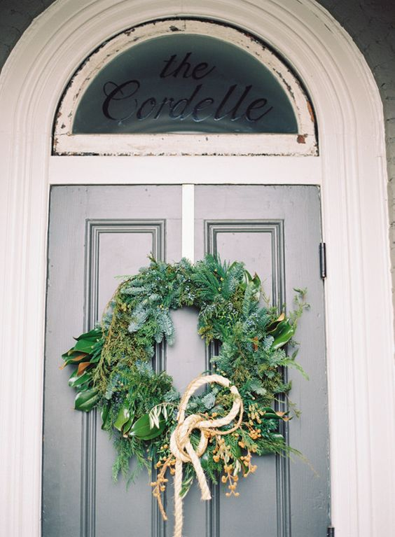 winter wedding wreath with rope on the bride