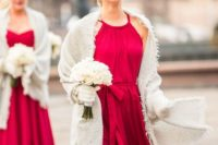 18 vibrant fuchsia chiffon dresses with fluffy white pashminas for a contrast