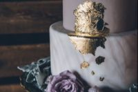 22 adorable marble lilca and grey wedding cake with gold leaf decor