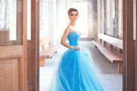 26 bold blue strapless wedding dress