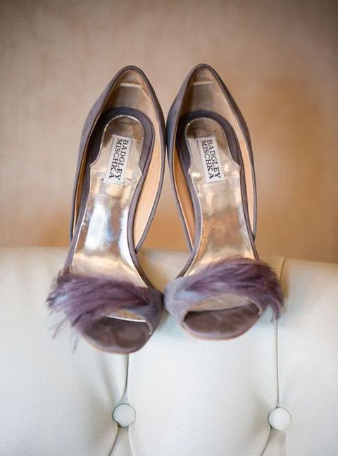 suede grey heels with lilac feather decor