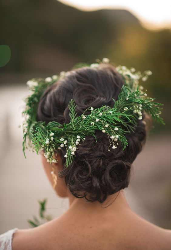 evegreen and flower crown for a winter wedding