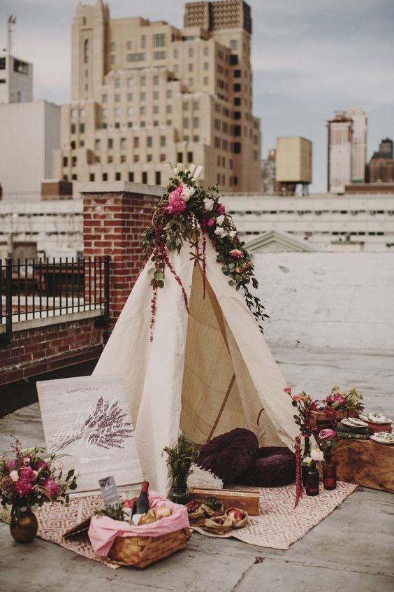 create a cool teepee and picnic setting for intimate photos