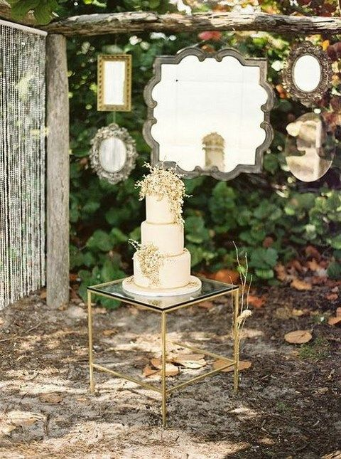 hanging mirrors decor for a backdrop