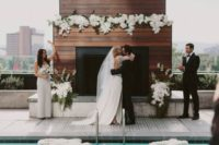 39 organize an elegant black and white affair on the rooftop