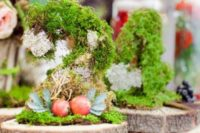 41 moss centerpieces with fruit