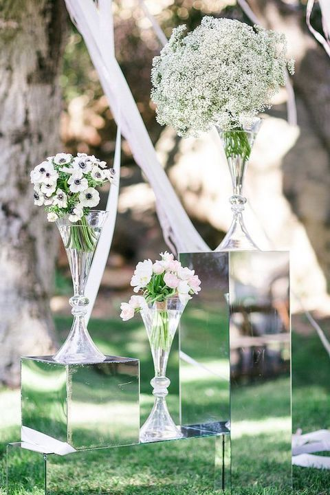 modern flower stands will become modern and chic decor