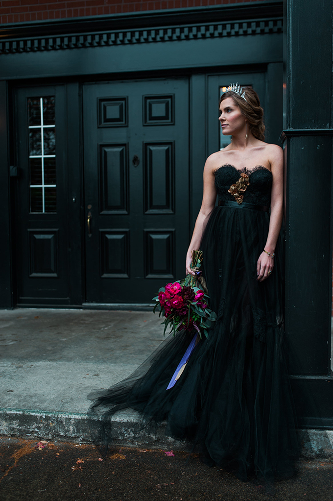 This wedding shootis a dark and moody one, with lots of refined details and bold blooms