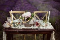 02 The table was decorated with succulents and wildflowers to create a balance with lush lavender fields