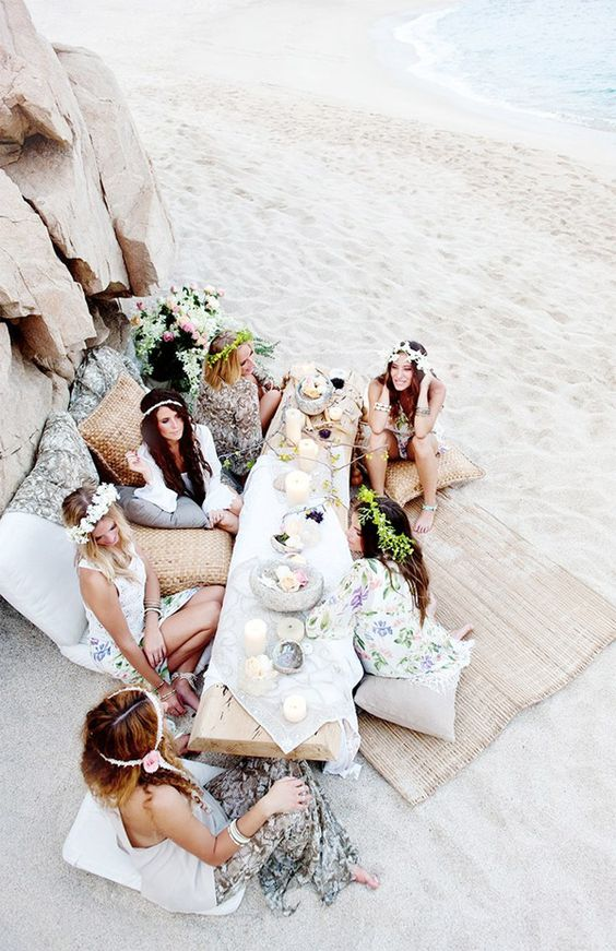 a beach boho picnic is an ideal thing for summer