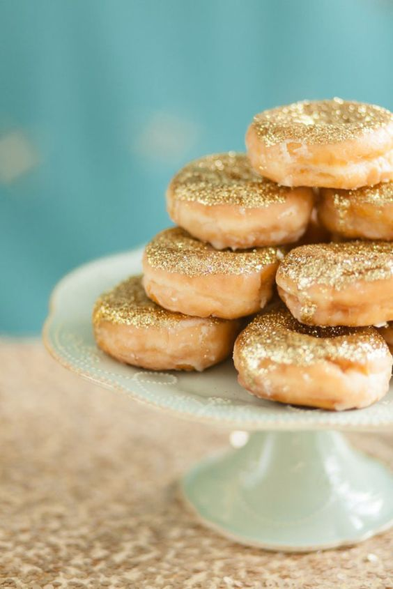 edible glitter donuts for desserts