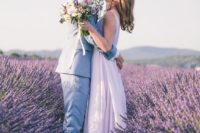 03 lavender fields are delicate and romantic for having your wedding