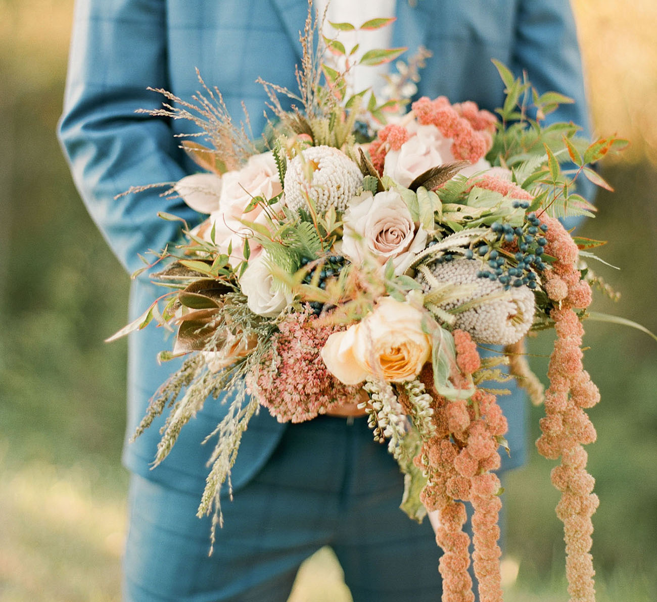 The bridal bouquet looked so dreamy and matched the wedding dress so much