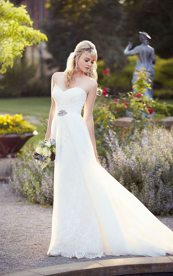 sweetheart tulle lace wedding gown with a sash