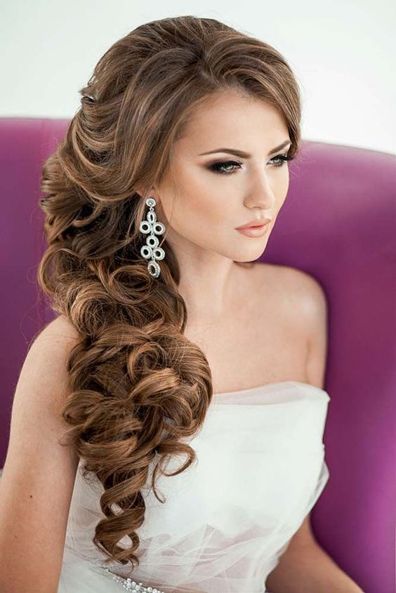 34 elegant side swept hairstyles you should try weddingomania elegant side swept curls with side bangs solutioingenieria