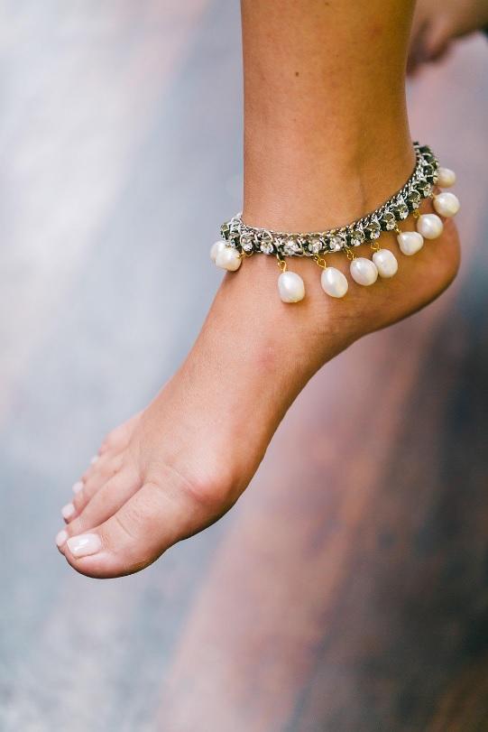 Why not wear ankle bracelets fo a beach wedding