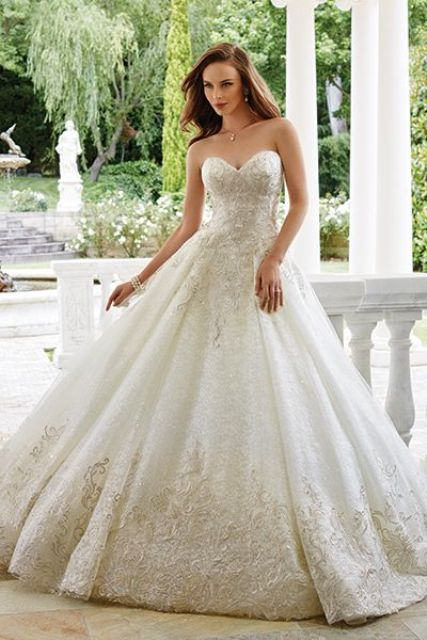 gorgeous lace embellished sweetheart wedding gown
