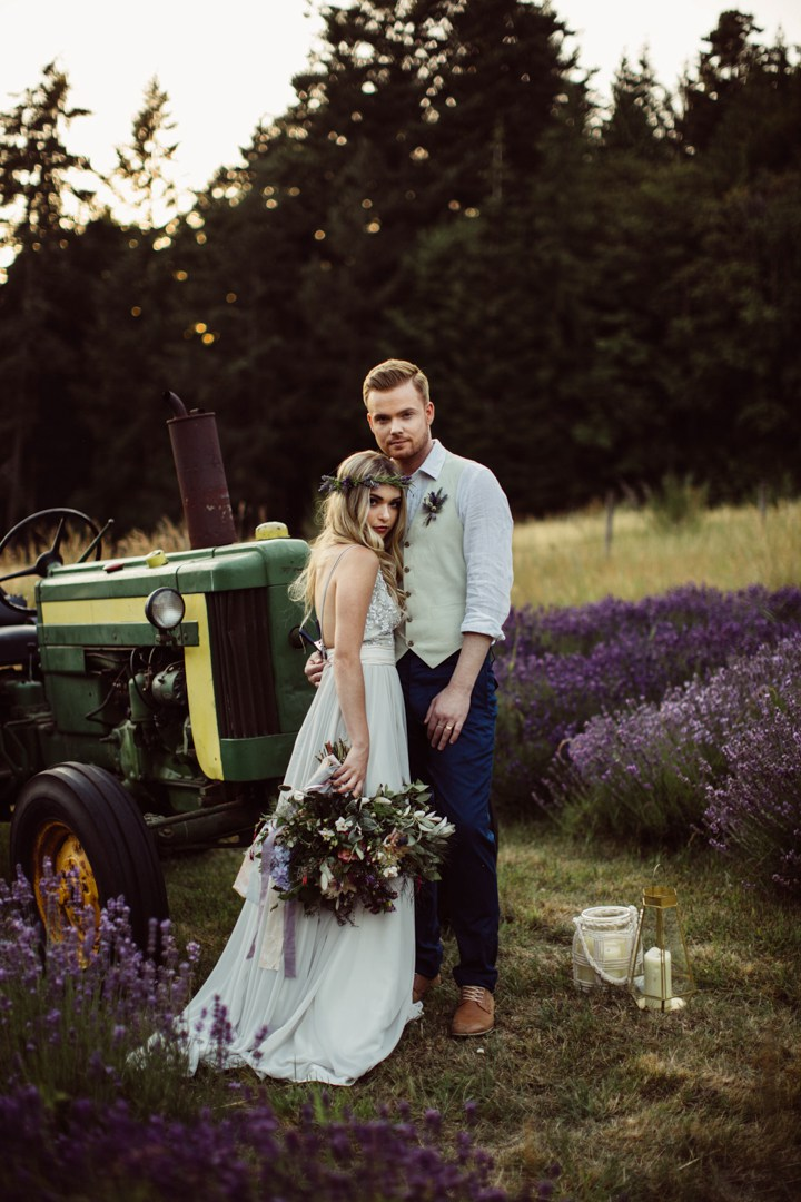 A tractor became a funny rustic touch for the shoot