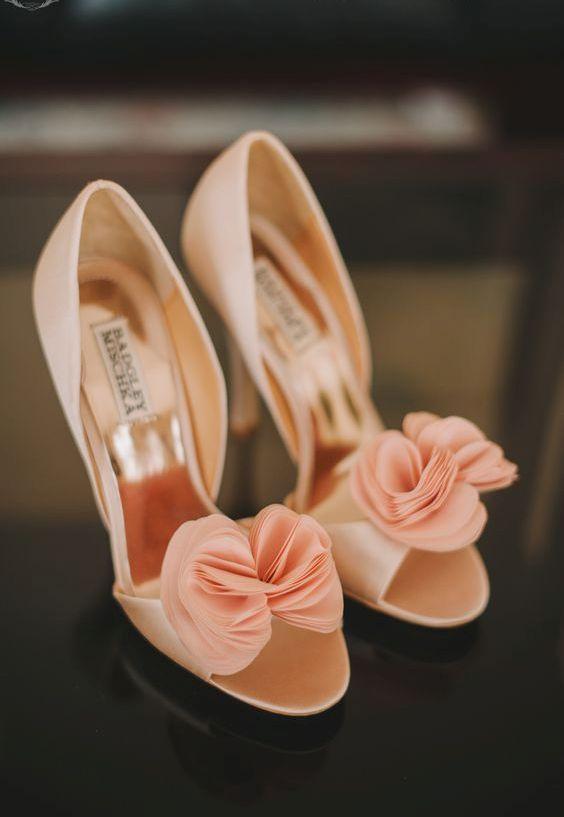 Badgley Mischka peach heels