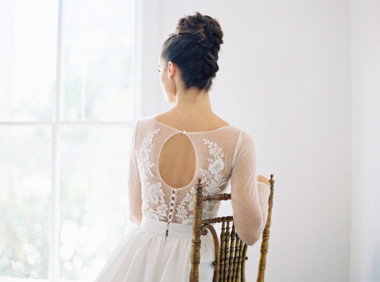 This keyhole back with floral appliques looks so darling