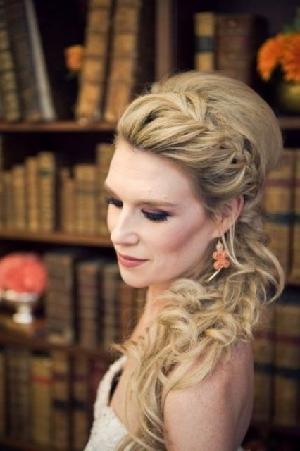34 Elegant Side Swept Hairstyles You Should Try ...