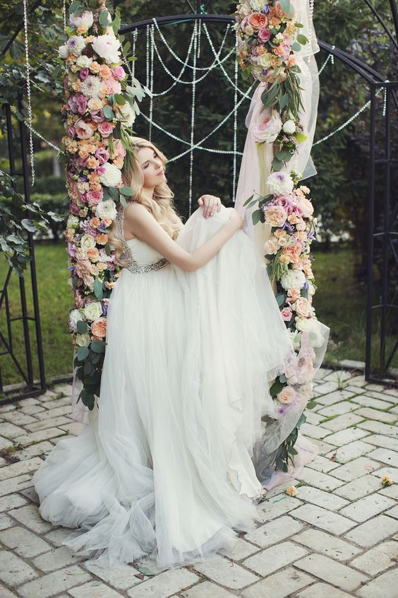 43 Delicate Spring Garden Wedding Ideas Weddingomania