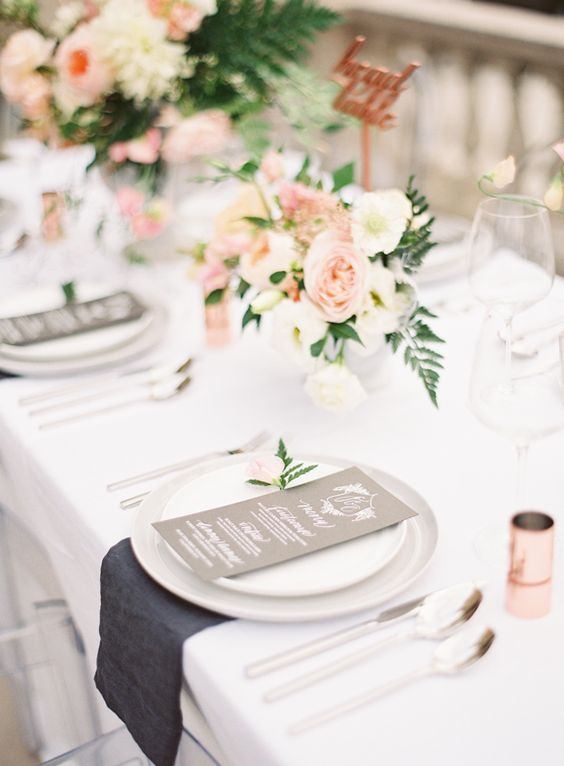 blush and ivory flowers for a romantic and light table setting