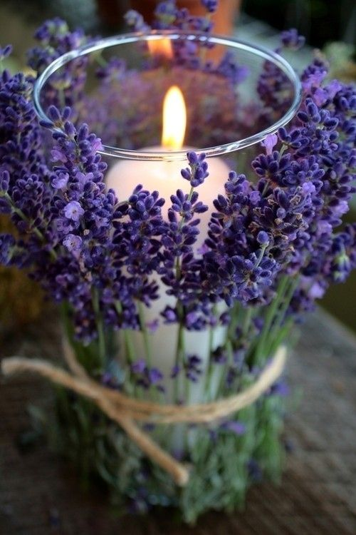 lavender-wrapped candles can be used for centerpieces