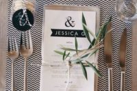 22 black and white placemat, greenery and flowers for a modern table setting