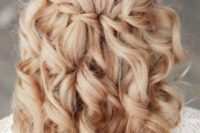 23 braid with curls looks chic and relaxed