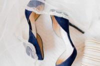 25 elegant suede navy heels