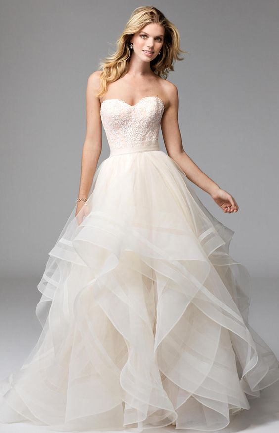 lace bodice and a lush tulle skirt