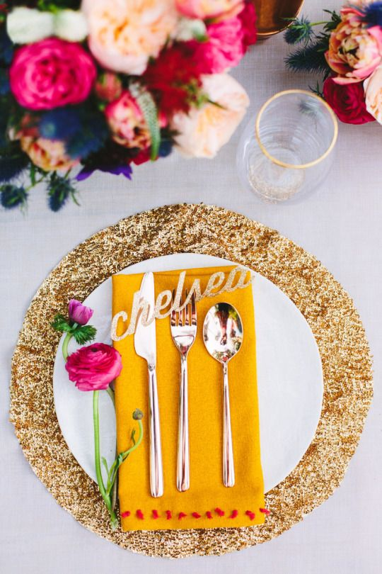 gold sequin placemats will make your tablescape a glam one