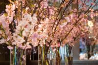 29 elegant cherry blossom is enpugh to create a fantastic tablescape