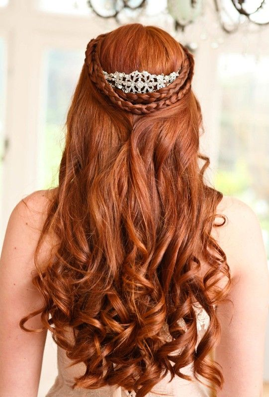 half up half down copper hair with curls