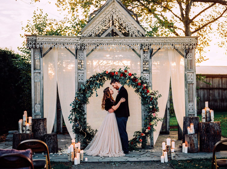This stunning winter wedding shoot was done in rich hues and with rustic touches