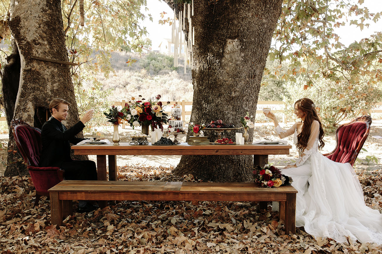 This wedding shoot was inspired by Harry Potter books and features a wedding of two sorcerers