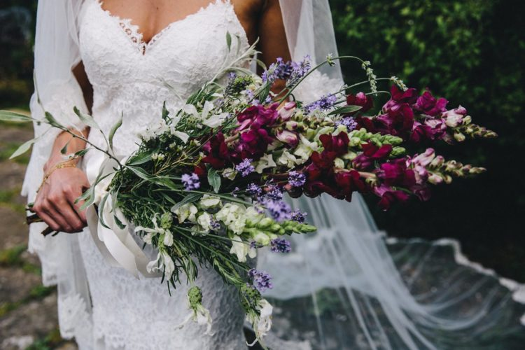 The bridal bouquet was a simple and messy one, of colorful flowers
