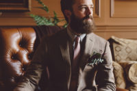 05 The groom was rocking a tweed jacket, a tie and blue pants, and a cool beard