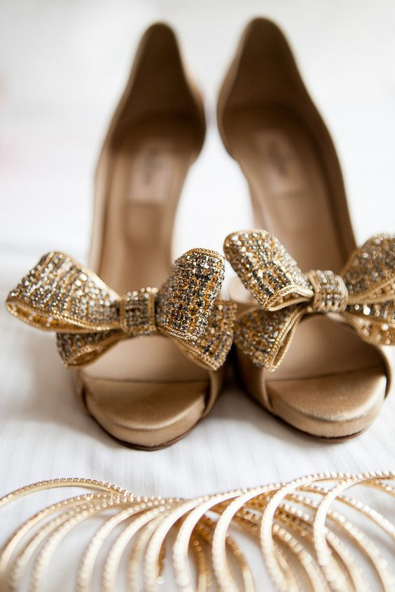 f61c8197569 Picture Of glitter gold bow heels