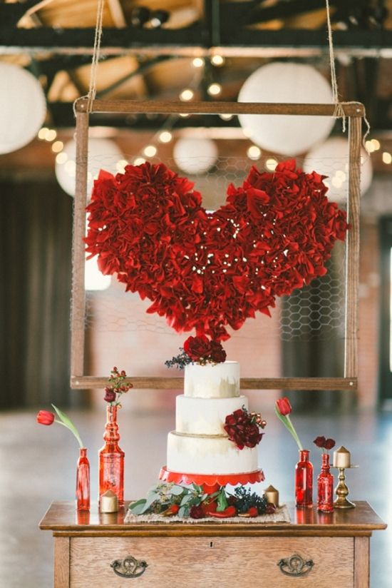 make a red flower heart backdrop for a cake table or for a sweetheart table