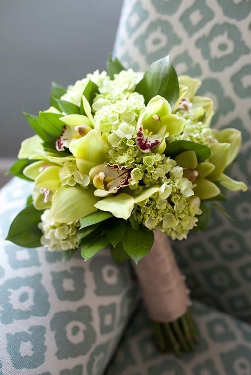 greenery, ivory and yellow wedding bouquet