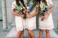 11 over the knee lace bridesmaids' dresses, messy bouquets and blue shoes