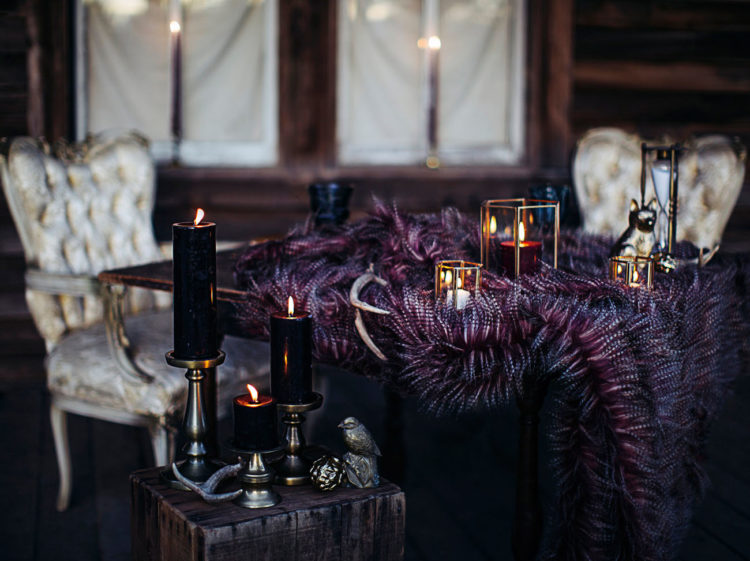 Dark candles and faux fur added this amazing moody feeling, which is so trendy now