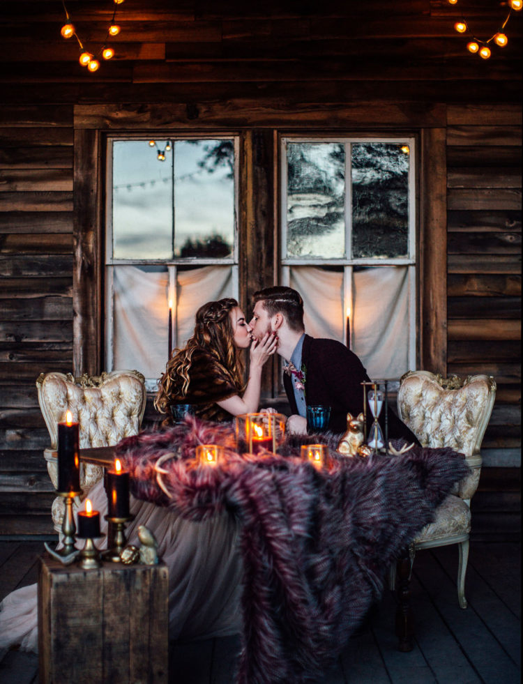 Coziness, luxury and rich hues, this is what this shoot is about