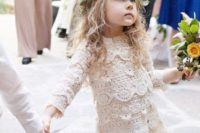 13 a lace separate for a flower girl and a leafy crown look chic