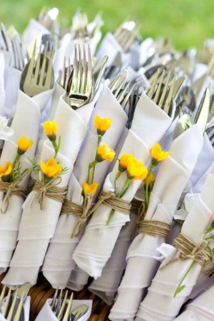 top cutlery wraps with fresh flowers