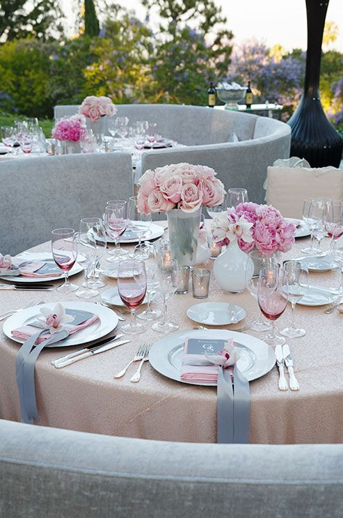 35 Romantic Grey And Pink Wedding Ideas - Weddingomania