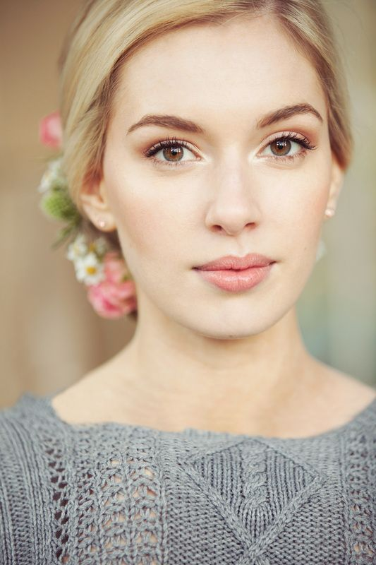 30 Beautiful Spring Wedding Makeup Ideas - Weddingomania
