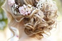 22 curly updo with baby's breath